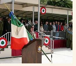 passaggio di denominazione da 12° a 6° reggimento bersaglieri nella caserma Giannettino di Trapani.