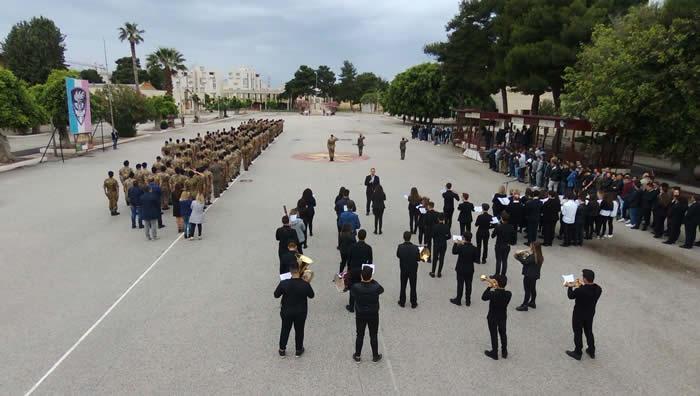 Esercito e Scuola: bersaglieri e studenti si incontrano in una conferenza sulla Grande Guerra.