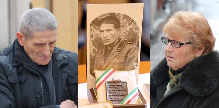 Consegna alla famiglia Collura la piastrina di riconoscimento di Giorgio Collura, disperso in Russia nel 1942