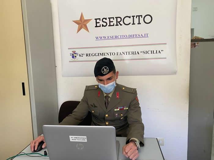 OrientaSicilia - l'operatore dell'Esercito in videoconferenza